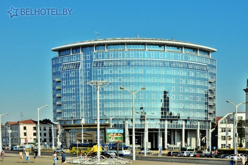 Гасцініцы Беларусі - гатэль Crowne Plaza Minsk - Навакольныя пейзажы