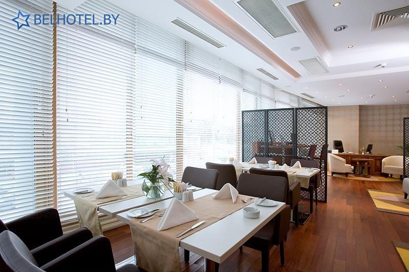 Гостиницы Белоруссии Беларуси - отель Кроун Плаза Минск / Crowne Plaza Minsk - Ресторан