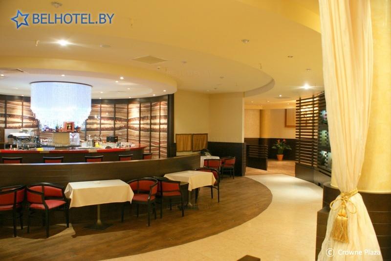 Гостиницы Белоруссии Беларуси - отель Кроун Плаза Минск / Crowne Plaza Minsk - Бар