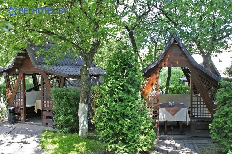 Hotels in Belarus - hotel U fontana - Summer cafe