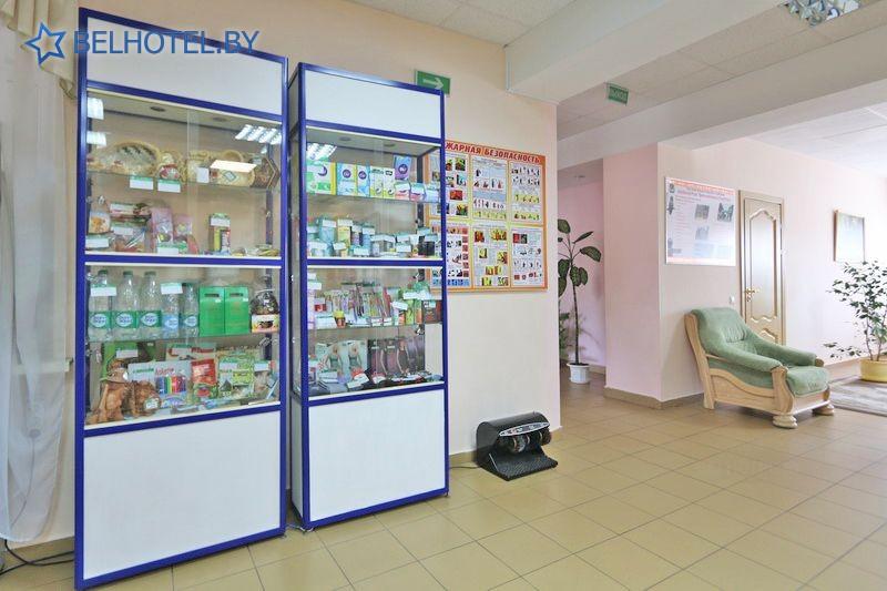 Гостиницы Белоруссии Беларуси - гостиничный комплекс Каменюки, корпус №2 - Сувенирный киоск