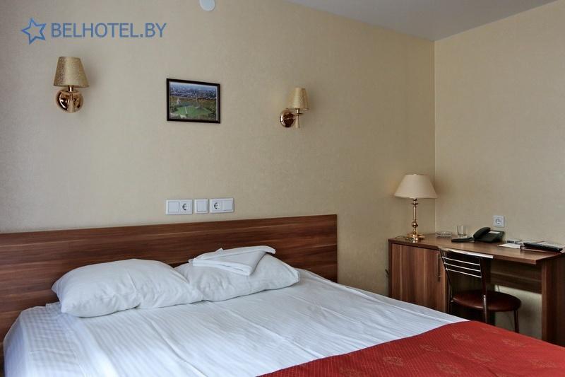 Гостиницы Белоруссии Беларуси - гостиница Амакс Визит - 1-местный 1-комнатный / Business / Single