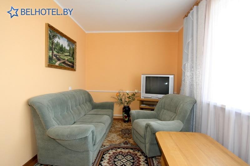 Гостиницы Белоруссии Беларуси - гостиница Радуга - 1-местный 2-комнатный люкс