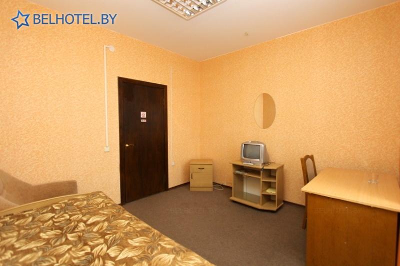 Гостиницы Белоруссии Беларуси - гостиничный комплекс Славянский - 1-местный 1-комнатный (1 разряд)