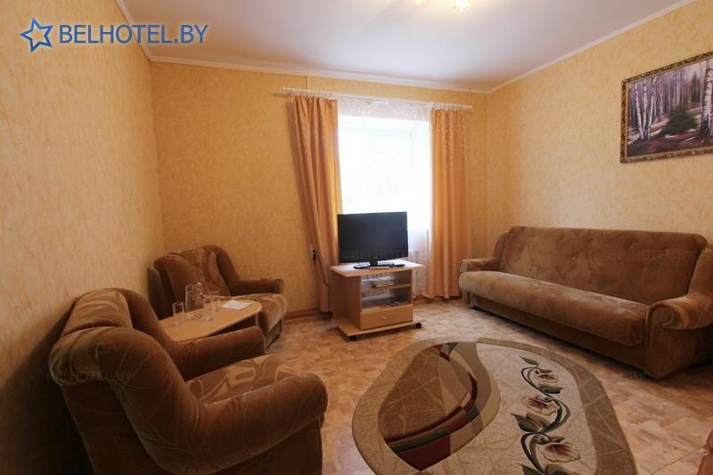 Гостиницы Белоруссии Беларуси - гостиница Дисна - 2-местный 2-комнатный люкс
