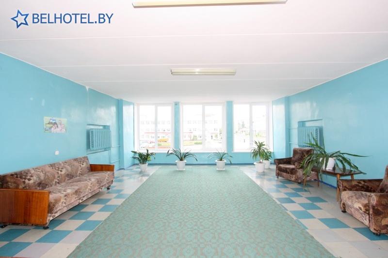 Гостиницы Белоруссии Беларуси - гостиница Березинa - Регистратура, холл