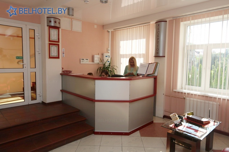 Hotels in Belarus - hotel Slaviya - Reception, hall