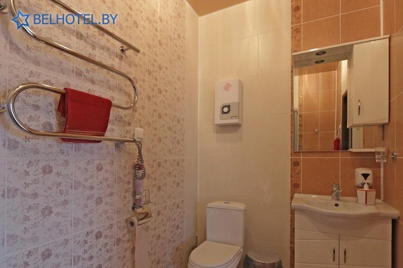 Hotels in Belarus - hotel complex Izumrud Krugloe - single 1-room