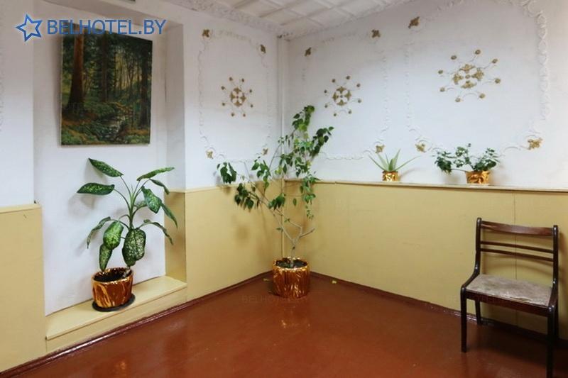 Гостиницы Белоруссии Беларуси - гостиница СДЮШОР - Регистратура, холл