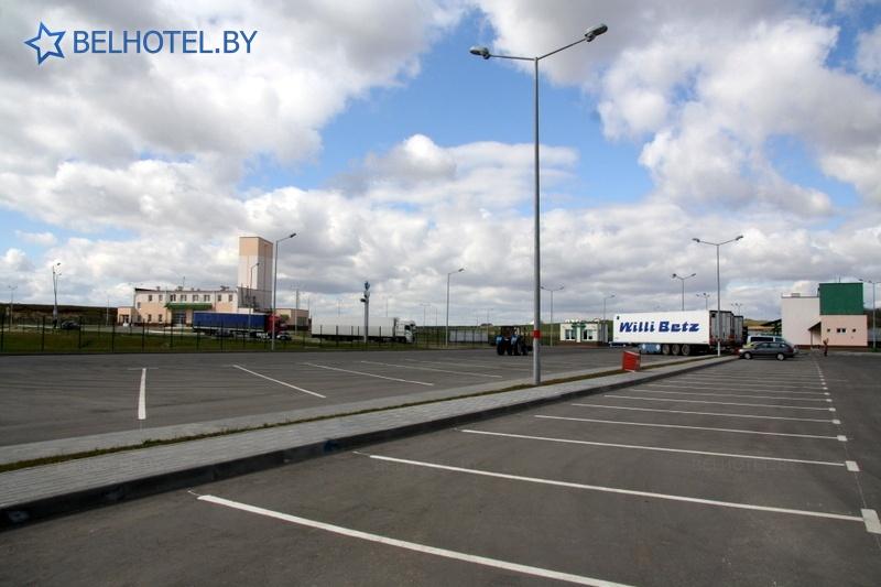 Hotels in Belarus - hotel Beltamozhservis - Parking