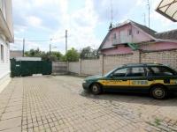 гостиница КАДМ в Минске по ул. Богдановича - Автостоянка