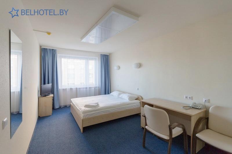 Гостиницы Белоруссии Беларуси - гостиница Ист Тайм - 2-местный 2-комнатный