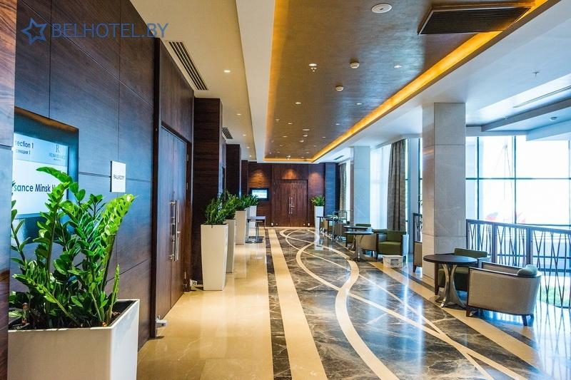 Hotels in Belarus - hotel Renaissance Minsk Hotel - Reception, hall