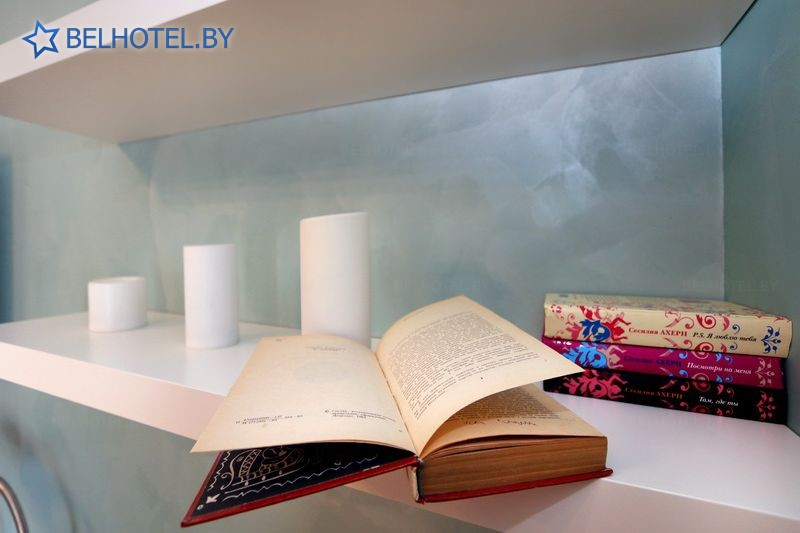 Гостиницы Белоруссии Беларуси - гостиница Дом 15 - 4-местный 1-комнатный семейный (с отдельной ванной комнатой вне номера) (корпус №1)