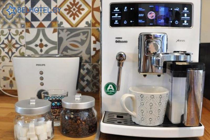 Гостиницы Белоруссии Беларуси - гостиница Дом 15 - Кофейный автомат