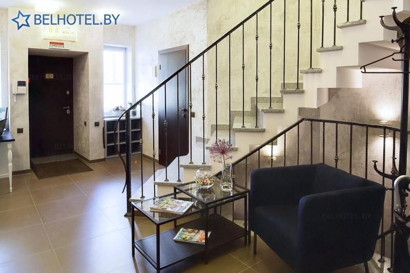 Гостиницы Белоруссии Беларуси - гостиница Дом 15 - Регистратура, холл