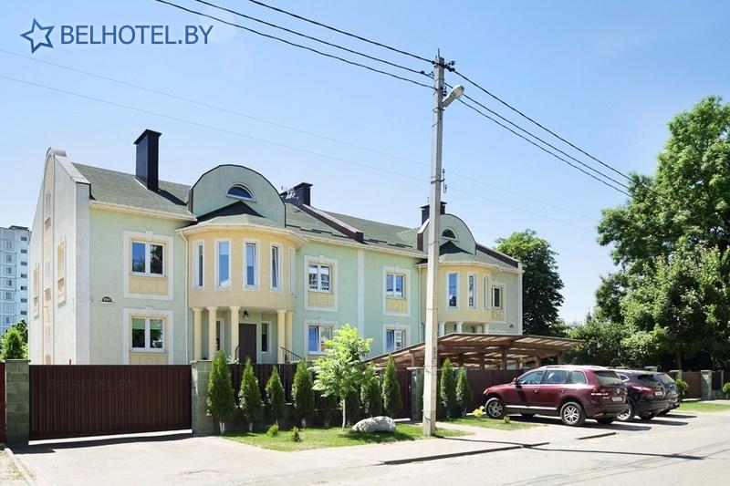 Гостиницы Белоруссии Беларуси - гостиница Дом 15 - Автостоянка