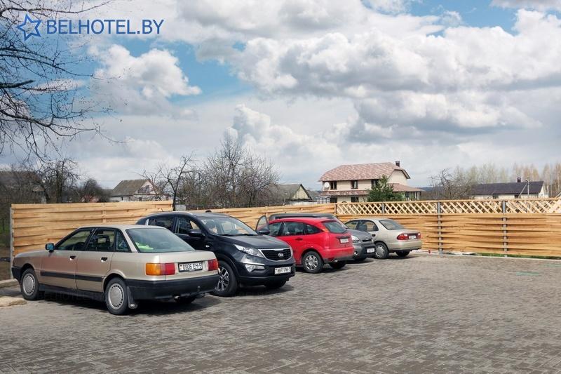 Гостиницы Белоруссии Беларуси - отель М-отель - Автостоянка