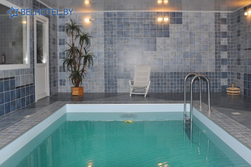 Hotels in Belarus - hotel Dom number 18 - Swimming pool