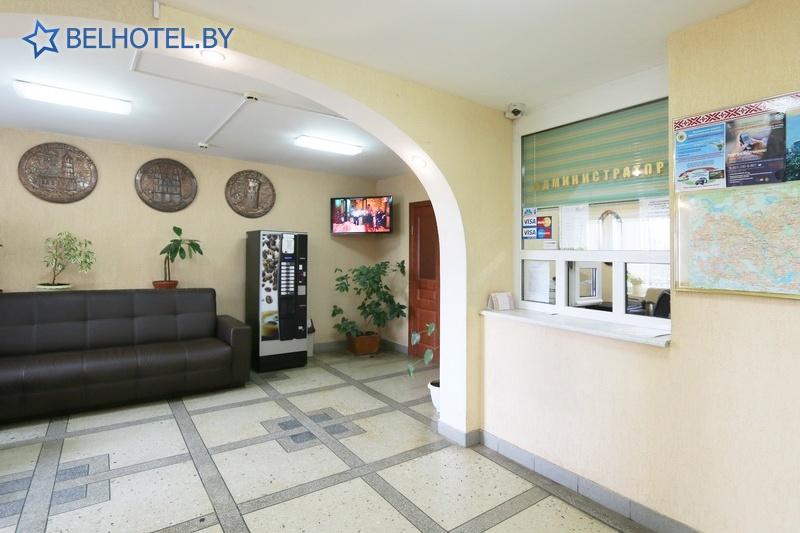 Гостиницы Белоруссии Беларуси - гостиница Желонь - Регистратура, холл