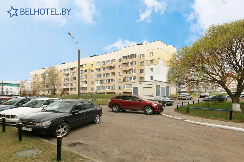 Гостиницы Белоруссии Беларуси - гостиница Желонь - Парковка