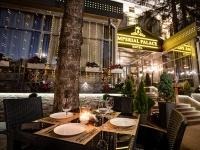 отель Империал Палас / Imperial Palace - Летнее кафе